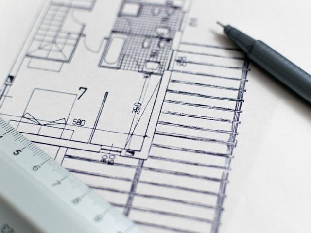 En husplan som utarbeides.